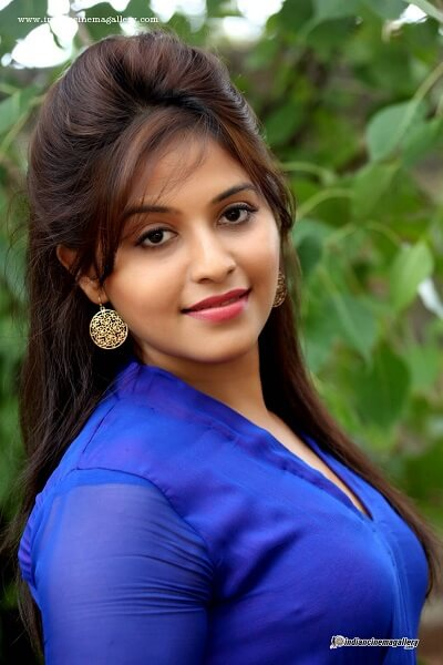 Anjali actress Age, Husband, marriage, height, weight