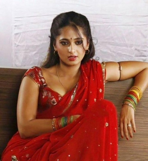 Anushka_Hot