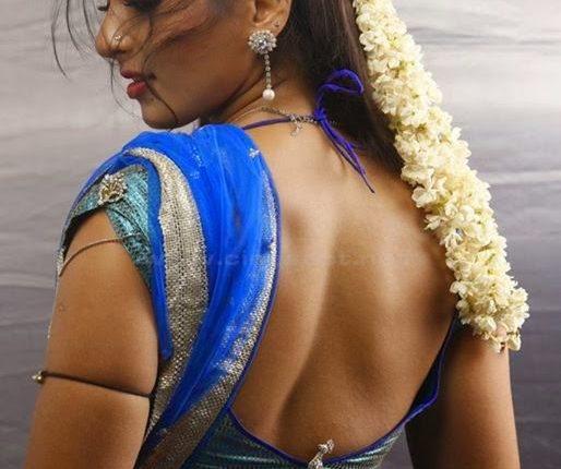 Anushka_shetty_Hot_photos_Age_Husband_Marriage_Family_Movies (22)