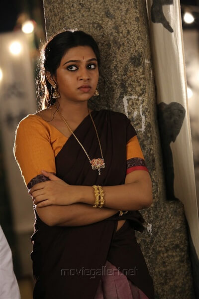Lakshmi Menon Biography, Age, Height, Weight, Movies, photos (7)