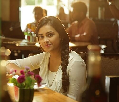 Sri Divya Biography, Age, Husband, Height, Weight, Movies, photos (3)