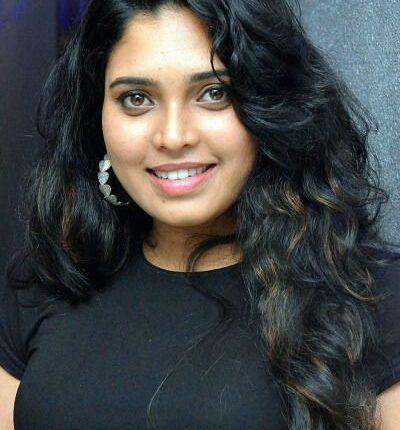 Tamil Actress Name List with Photos (South Indian Actress) Ishaara