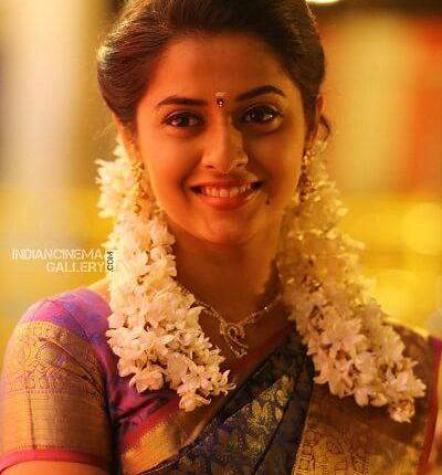 Tamil Actress Name List with Photos_Arthana Binu