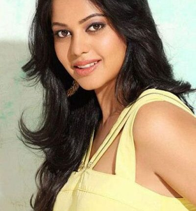 Tamil Actress Name List with Photos_South Indian Actress (1)