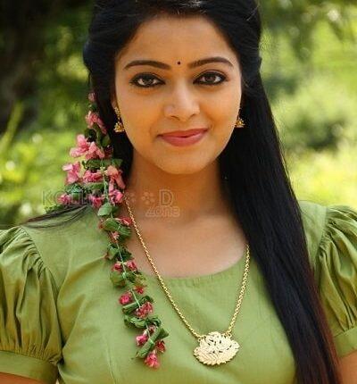 Tamil_Actress_Name_List_with_Photos_South_Indian_Actress (1)