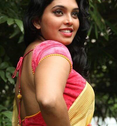 Ishaara Nair (Actress), DOB, Height, Weight, Movies, Saree Photo (1)