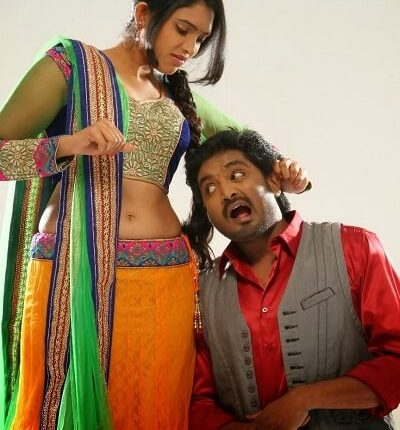 Ishaara Nair (Actress), DOB, Height, Weight, Movies, Saree Photo (7)
