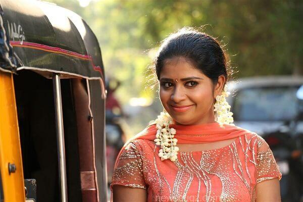 Jangiri Madhumitha (ada then ada Actress), Husband, Marriage (5)