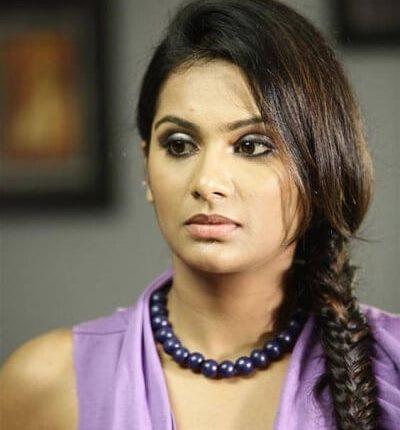 Lakshmi Priyaa Chandramouli Husband, Movies, Short film, Cricket (4)