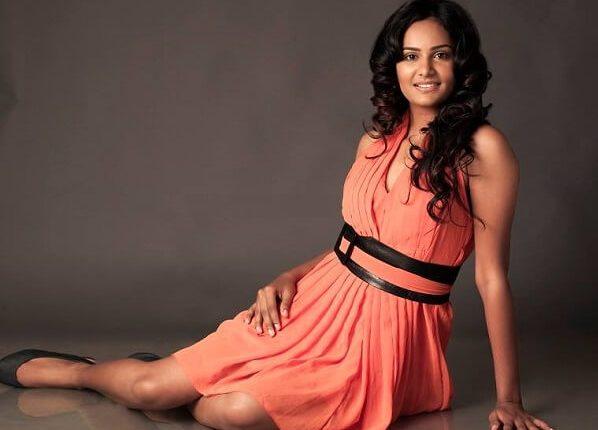 Lakshmi Priyaa Chandramouli Husband, Movies, Short film, Cricket (6)