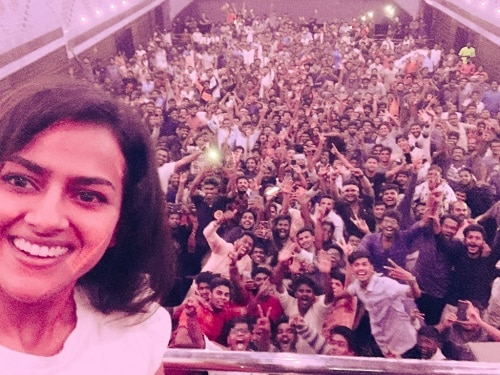 Shraddha srinath with her fans for Nerkonda Paarvai
