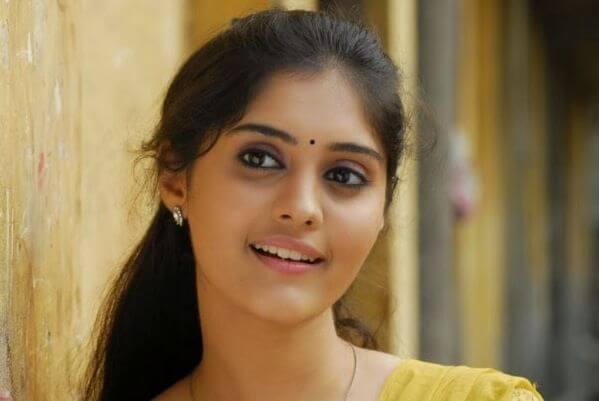 Surbhi Tamil actress (Cute Photos) Age, Height, Weight, Husband (3)