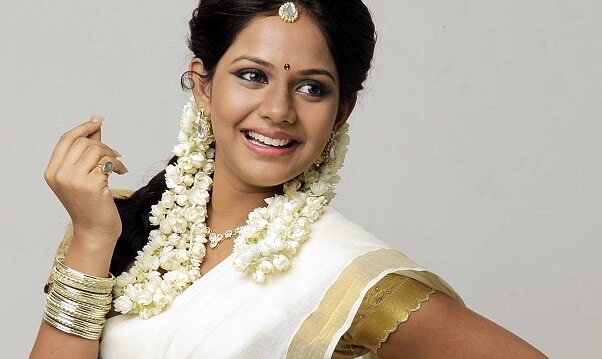 Aishwarya Dutta husband, Marriage, Age, Height, Weight, Movies (8)