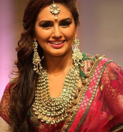 Huma Qureshi Kaala, Husband, Hot, Wiki, Brother, Biography (3)