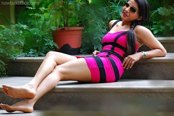 Sakshi Agarwal (Kaala) Age, Height, Weight, Movies, Photos, Husband (2)