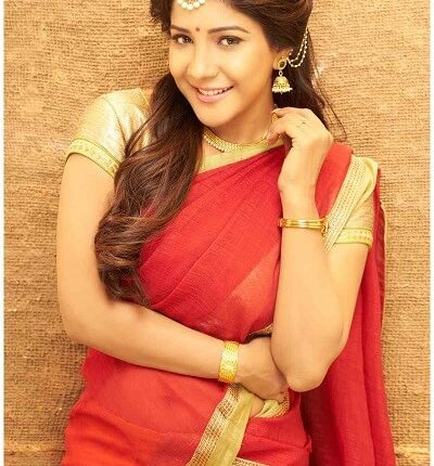 Sakshi Agarwal (Kaala) Age, Height, Weight, Movies, Photos, Husband (6)