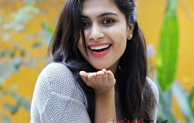 Sonu Gowda Husband, Marriage, Age, Height, Family, Sister, MMS (6)