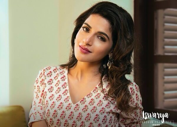 Iswarya Menon Tamil actress Age, Height, Weight, Husband, Photos (2)