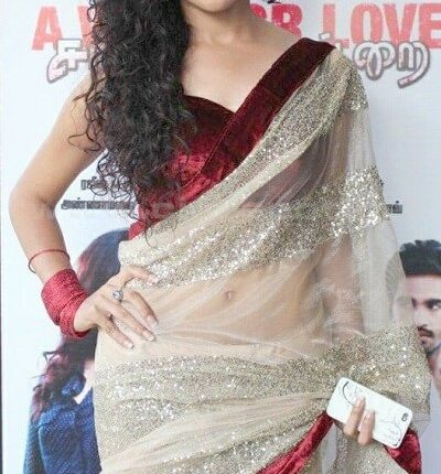 Piaa Bajpai Husband, Biography, Age, Height, Weight, Family photos