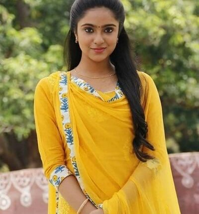 Sana Althaf Husband, Age, Height, Weight, Hot, Family, Movies (3)