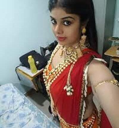 Shivani Bhai Age, Height, Weight, family Photos, Husband, Movies, Net worth (2)