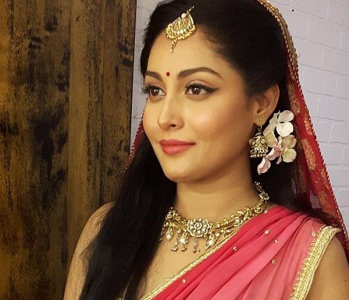 Snigdha Akolkar Age, Husband, Height, Weight, Family, Movies (1)