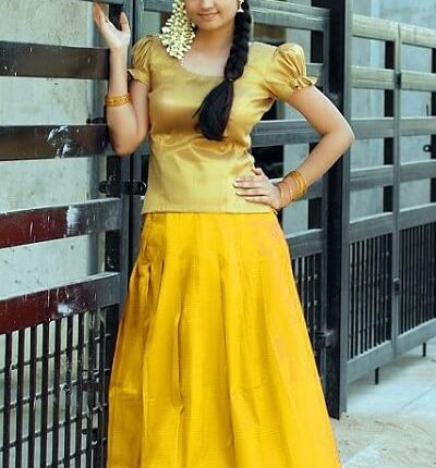 Aashritha Age, Height, weight, Husband, Movies, Photos, Family (3)