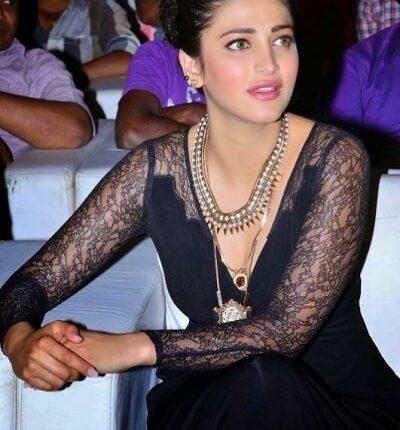 Shruthi Haasan's Hot Photo goes viral on Internet (1)